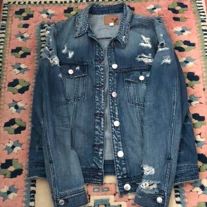 NWOT Distressed Jean Jacket from American Eagle